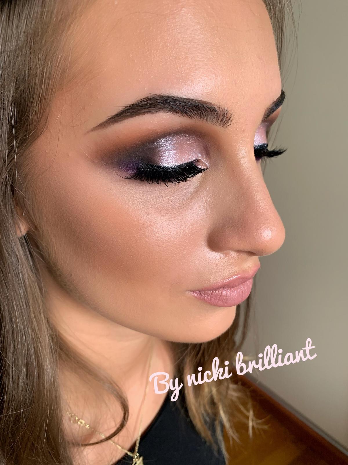Dobrý deň, robím makeup... - Obrázok č. 3