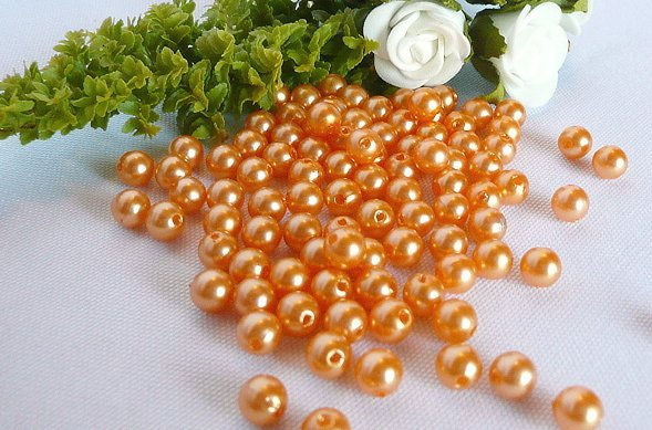 ORANŽOVÁ SVATBA - perličky se neztratí už jsou našité na bryndáku