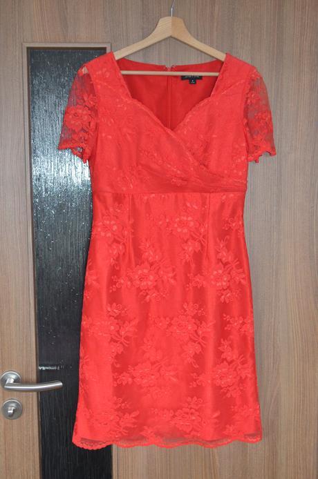 Společenské šaty - červené krajkové - Obrázek č. 1
