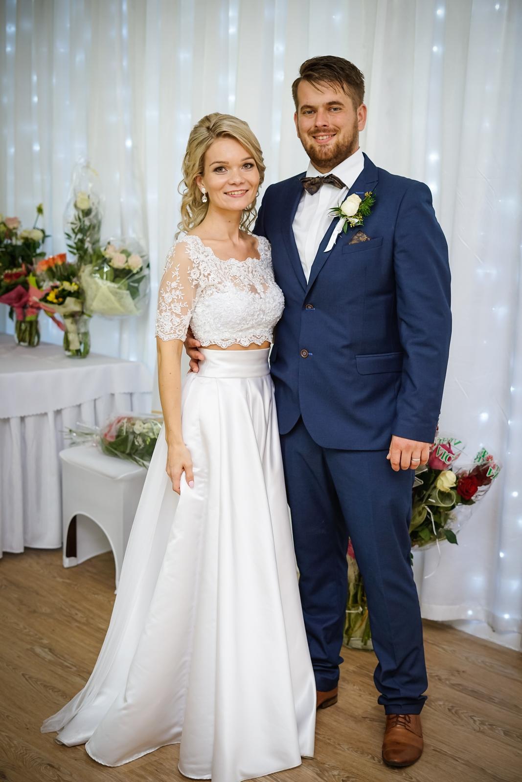 Dvojdielne svadobné šaty v štýle Boho - Obrázok č. 2