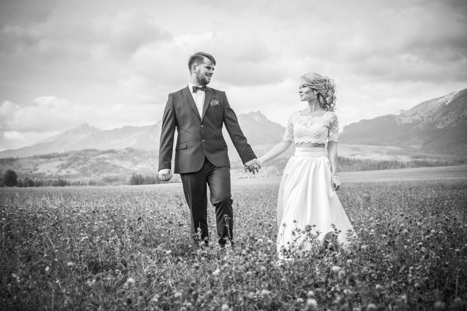Dvojdielne svadobné šaty v štýle Boho - Obrázok č. 3