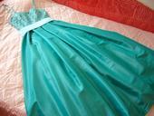tyrkysove šaty, 38