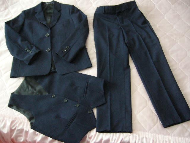 oblek s vestou - Obrázok č. 1