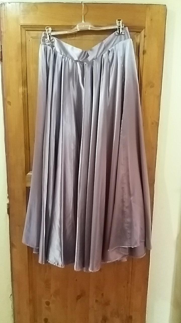 sukne pre družičky rôzne velkosti - Obrázok č. 2