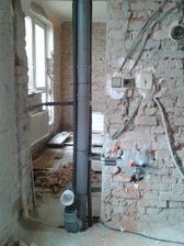 odpady a voda v 1.patře