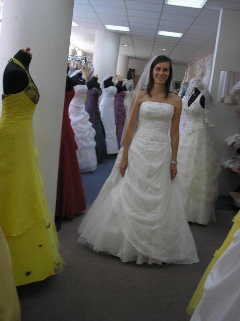 Tak šel čas :-) šaty - La Sposa_široké