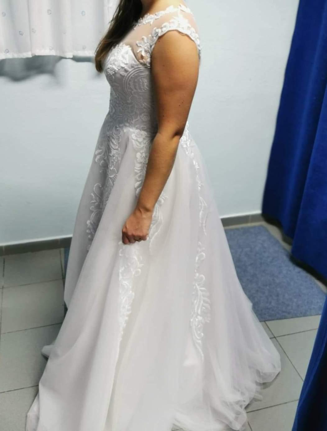 Úplne nové svadobné šaty veľ. 38-42 - Obrázok č. 3