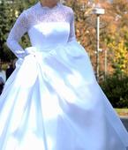 Svatební šaty s dlouhým rukávem, 38