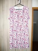 Barevné šaty s puntíky, 44