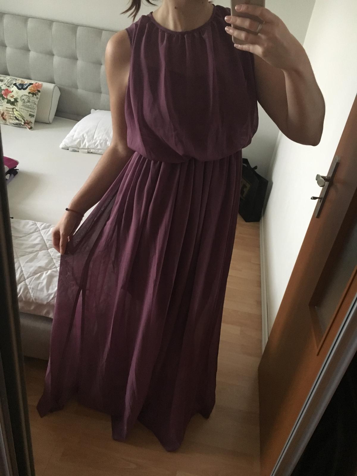 Fialové dlhé šaty pre družičky - Obrázok č. 1