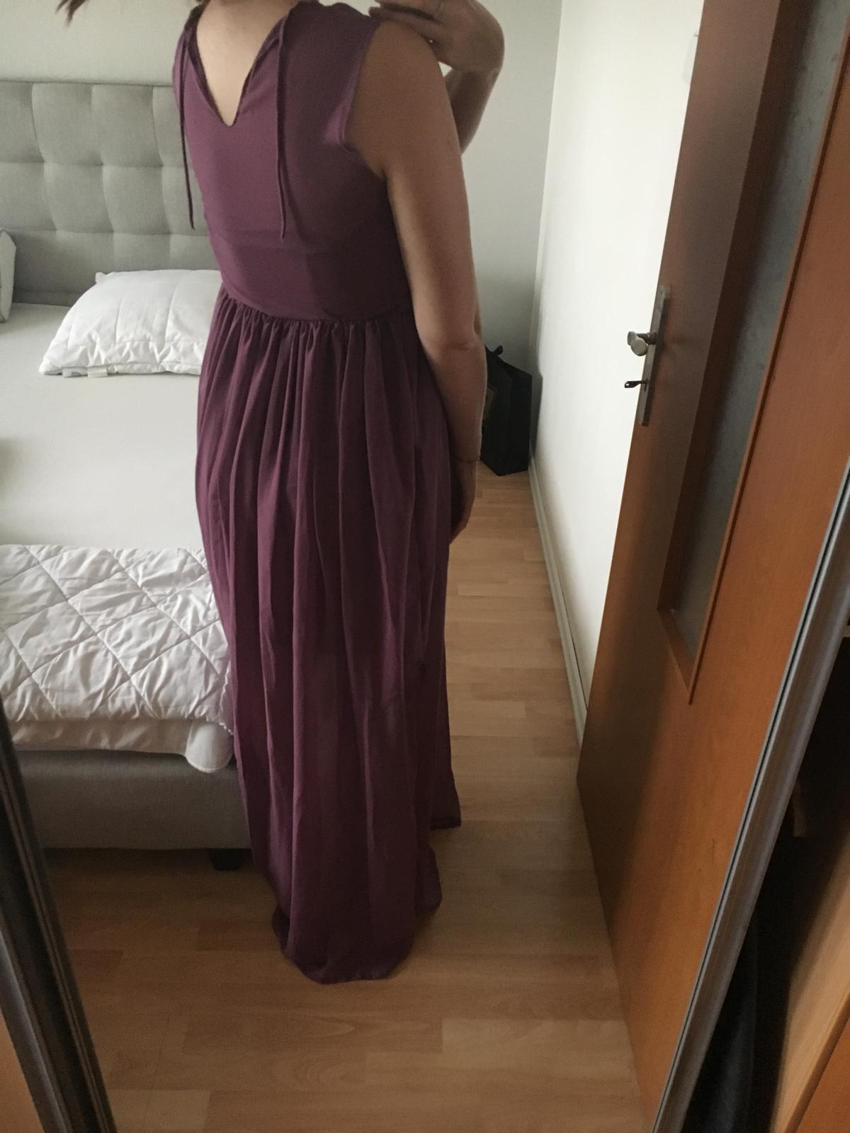 Fialové dlhé šaty pre družičky - Obrázok č. 3