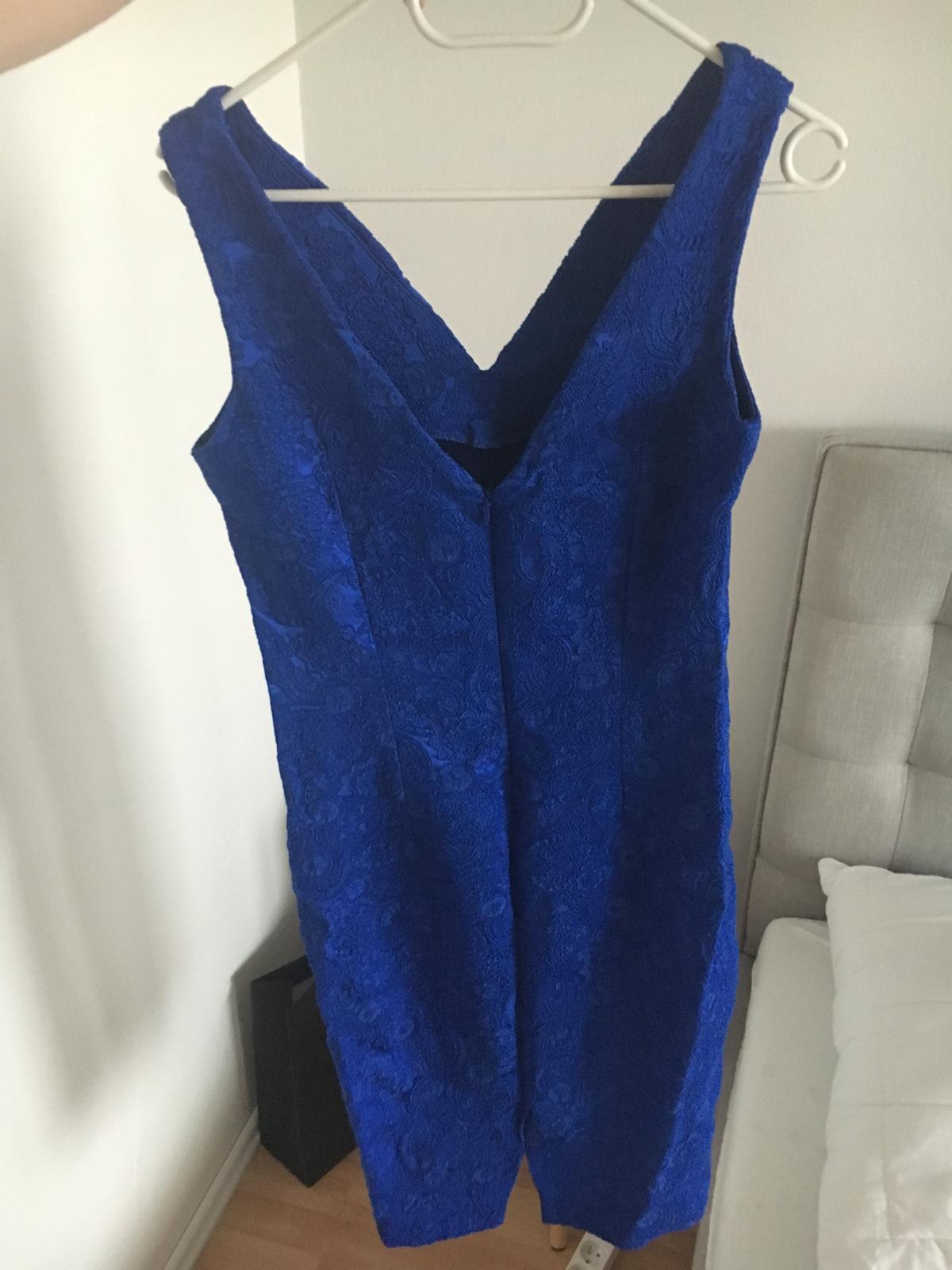 Modré elegantné šaty Mohito - Obrázok č. 1