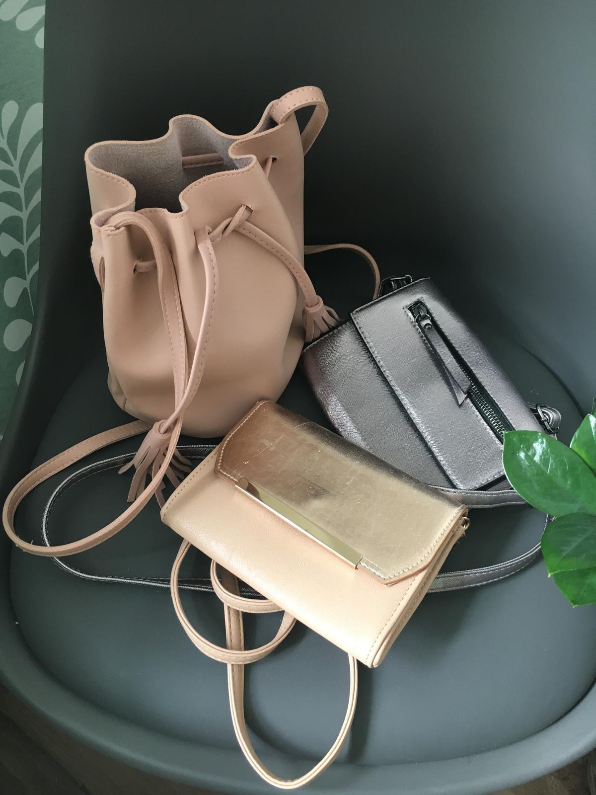 Menšie kabelky - Obrázok č. 1