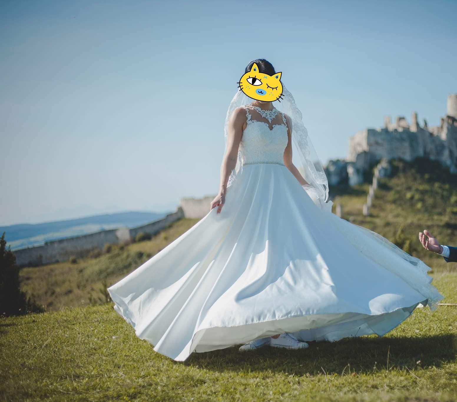 svadobné šaty saténové - Obrázok č. 4