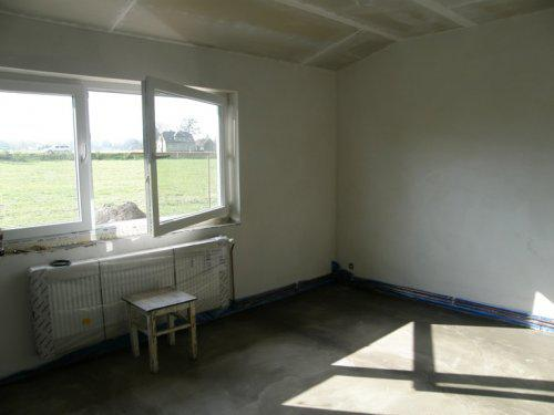 Naše bydleníčko - 19.10. Zateplená a zabetonovaná podlaha a hotový sádroš na stropě