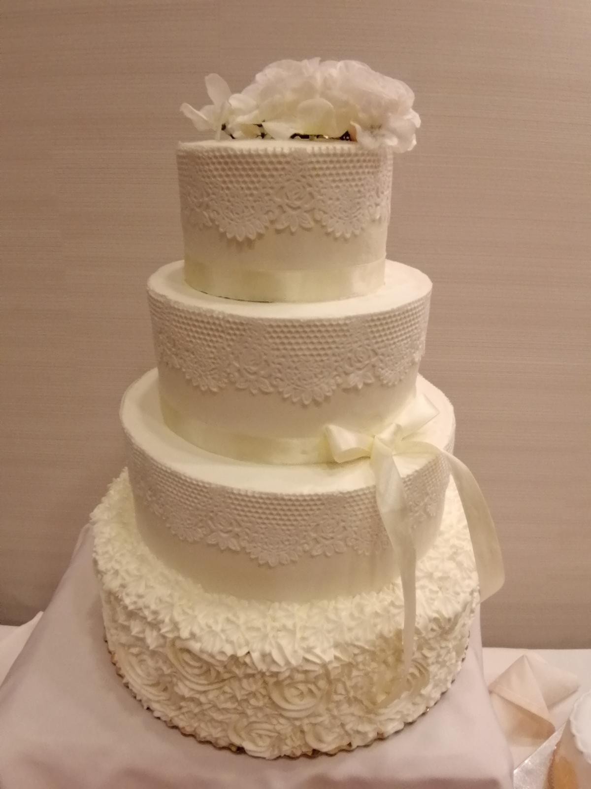 Svadobné torty - Obrázok č. 1
