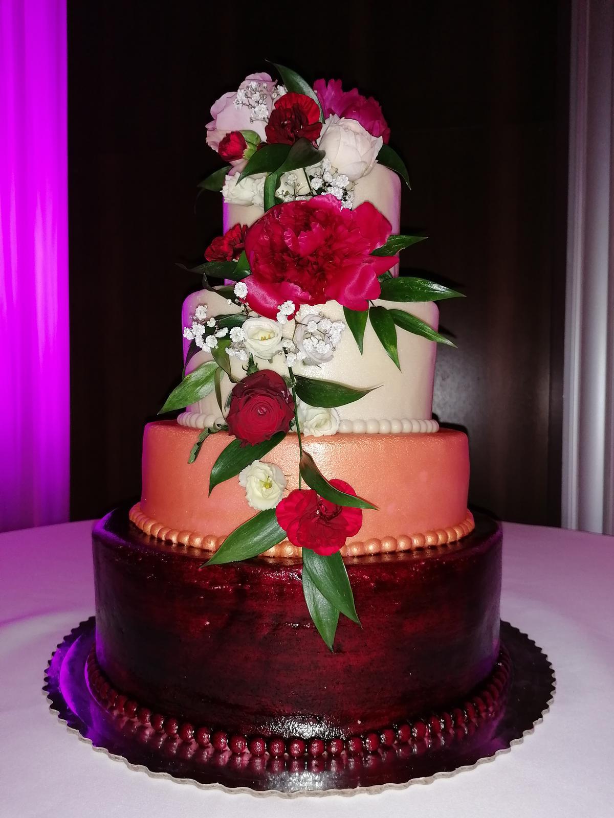 Svadobné torty - Obrázok č. 2