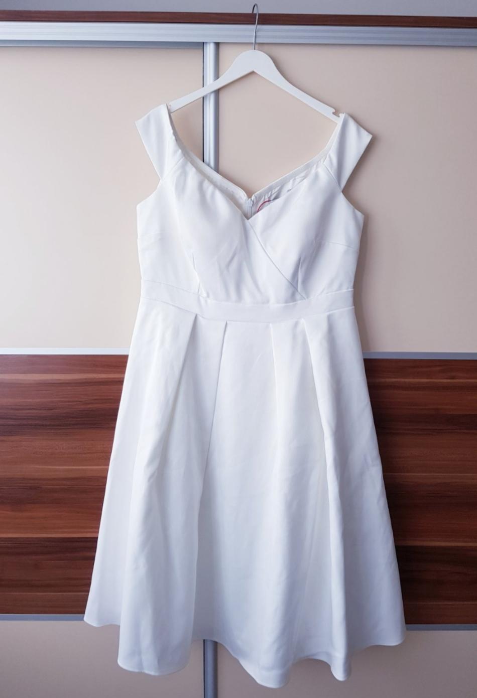 Nepoužité svadobné/popolnočné/spoločenské šaty - Obrázok č. 2