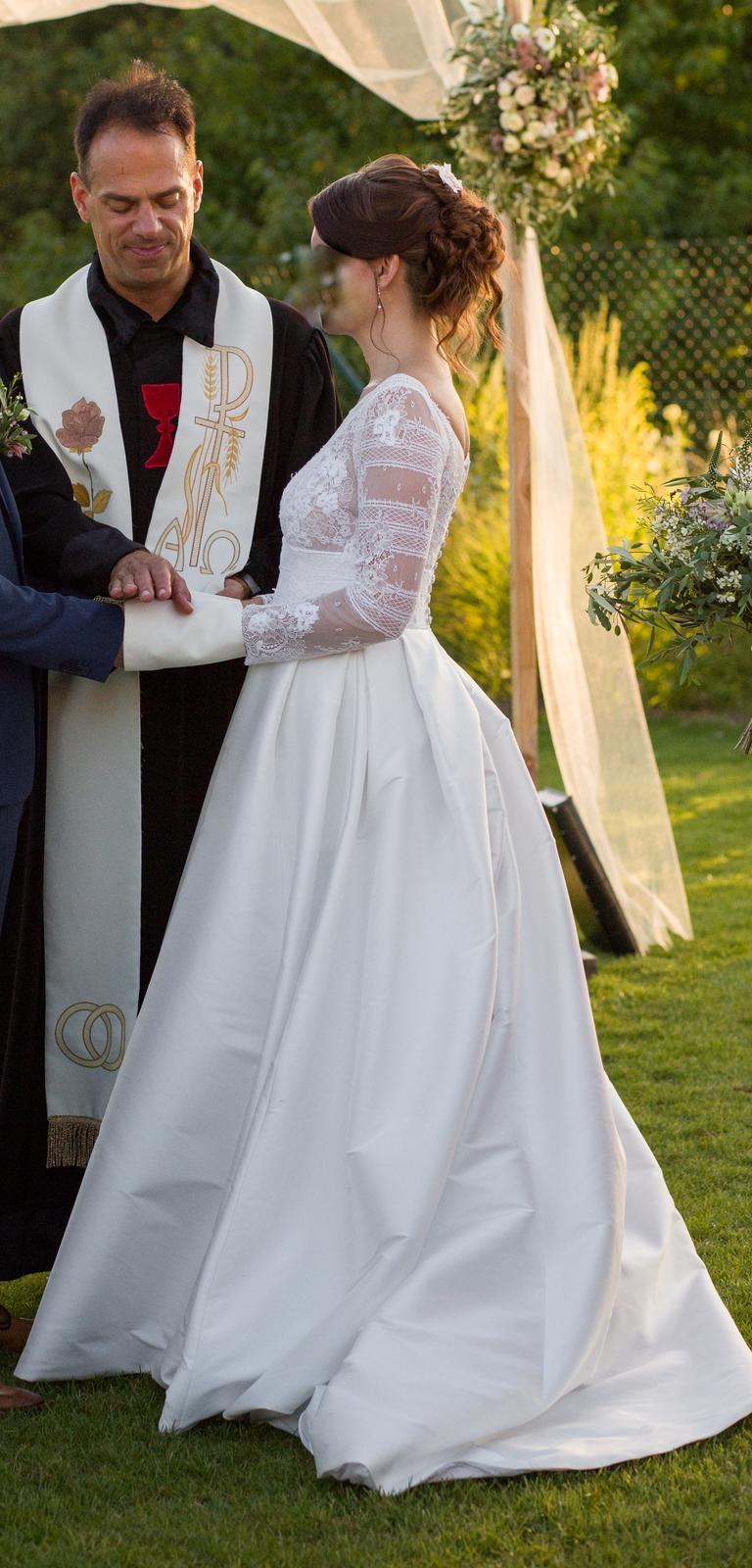 Svatební šaty Jesus Piero - Obrázek č. 1