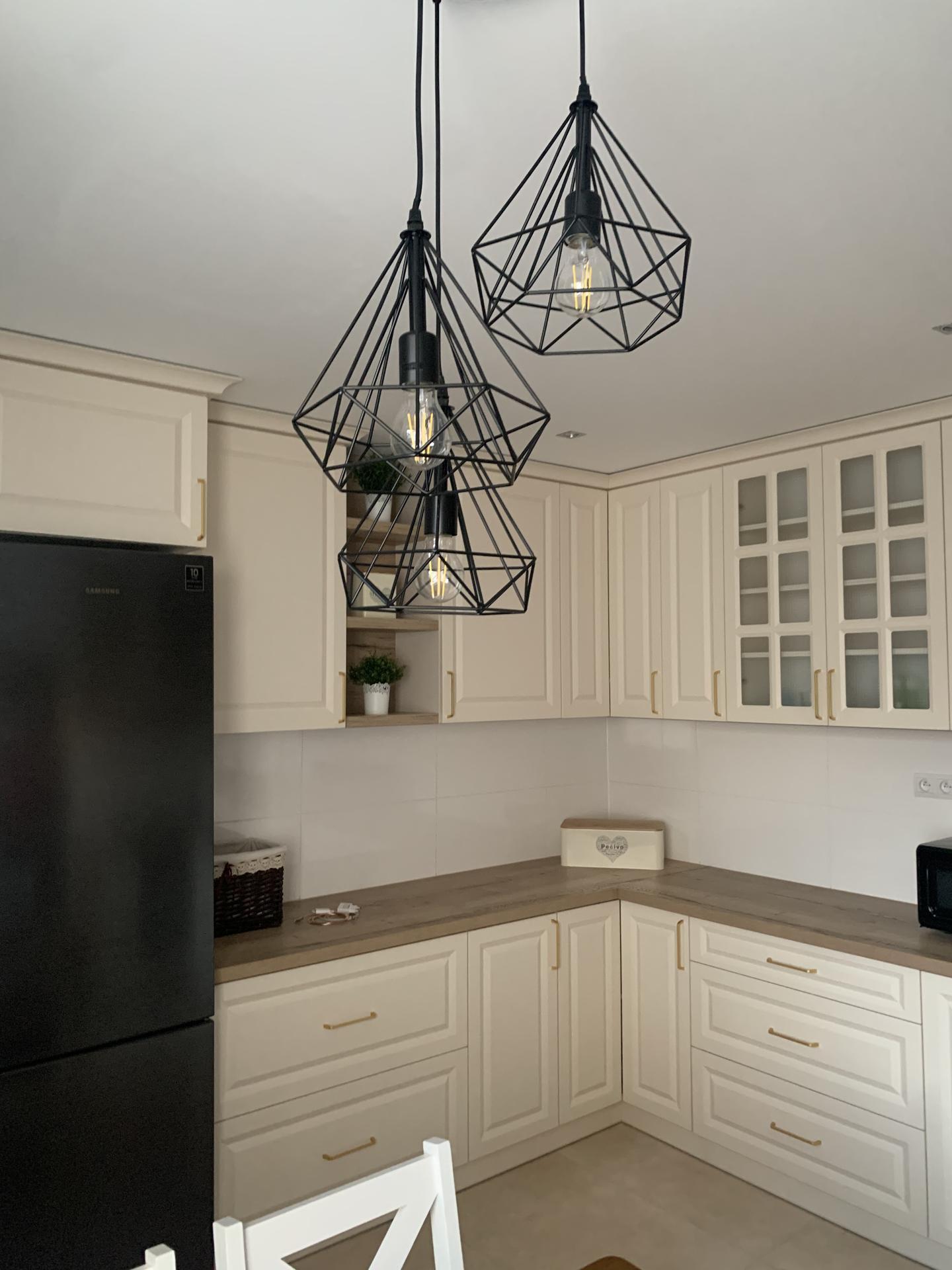 ♥️ Náš budúci domov ♥️ - ...novy luster do kuchyne...