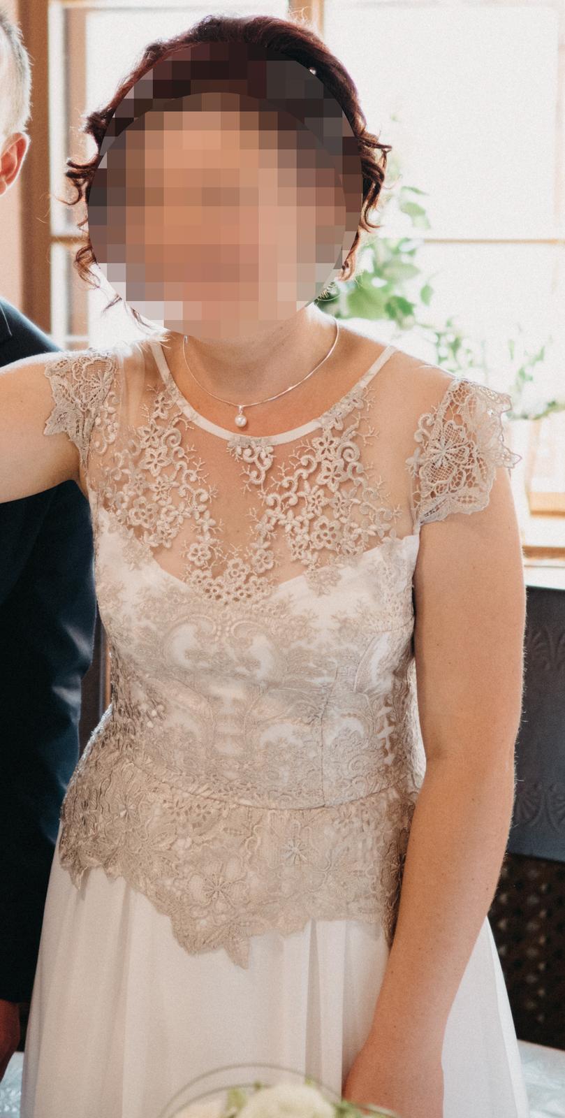 Elegantní dlouhé svatební šaty M/L - Obrázek č. 1