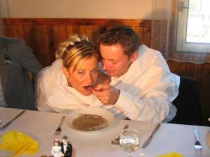 ... knedlíčkovou já nejradši, manžel méně, tak raději krmí ... :)