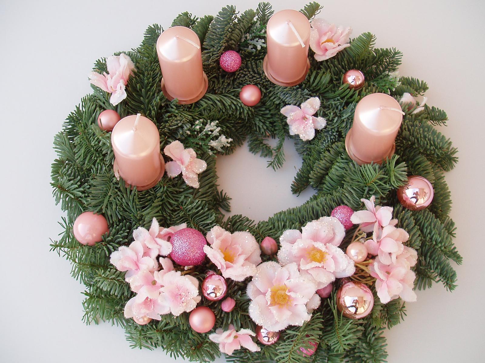 Těšíme se na Vánoce - světle růžový