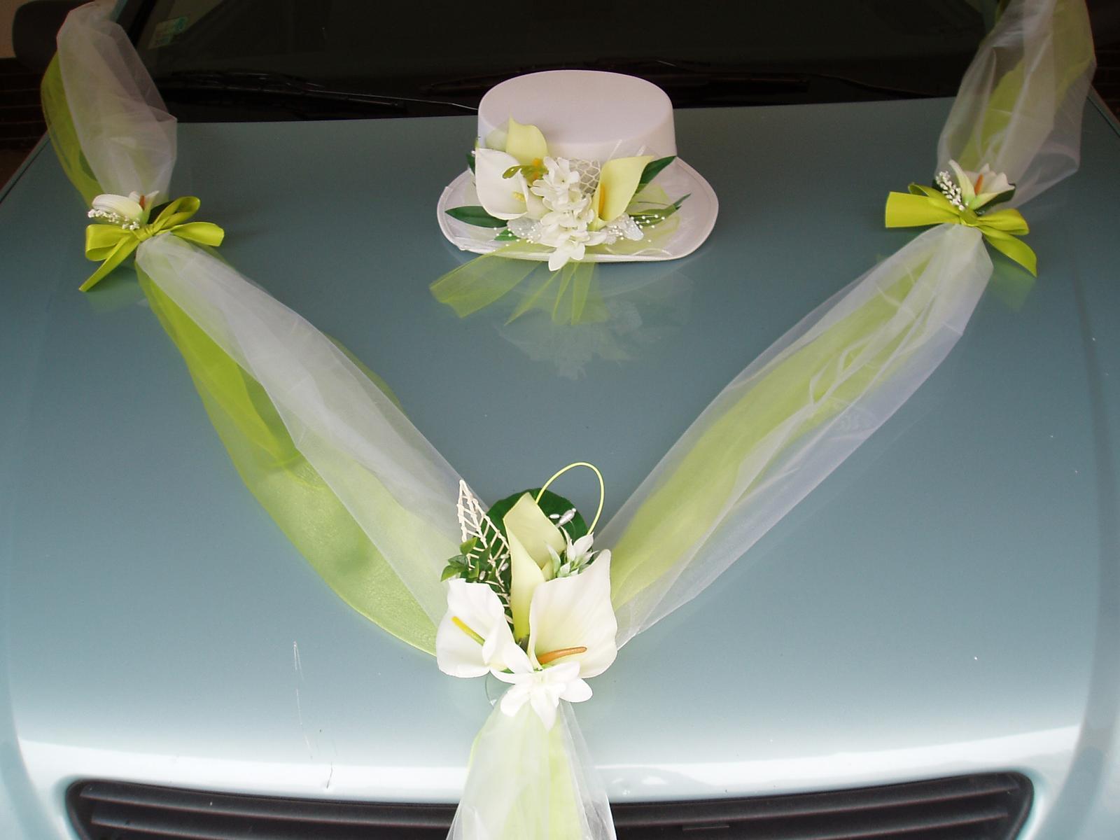 Svatební dekorace - šerpa a cylindr-kaly