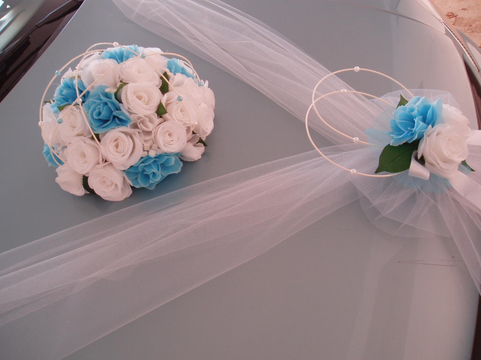 Svatební dekorace - dekorace na auto-tyrkysová