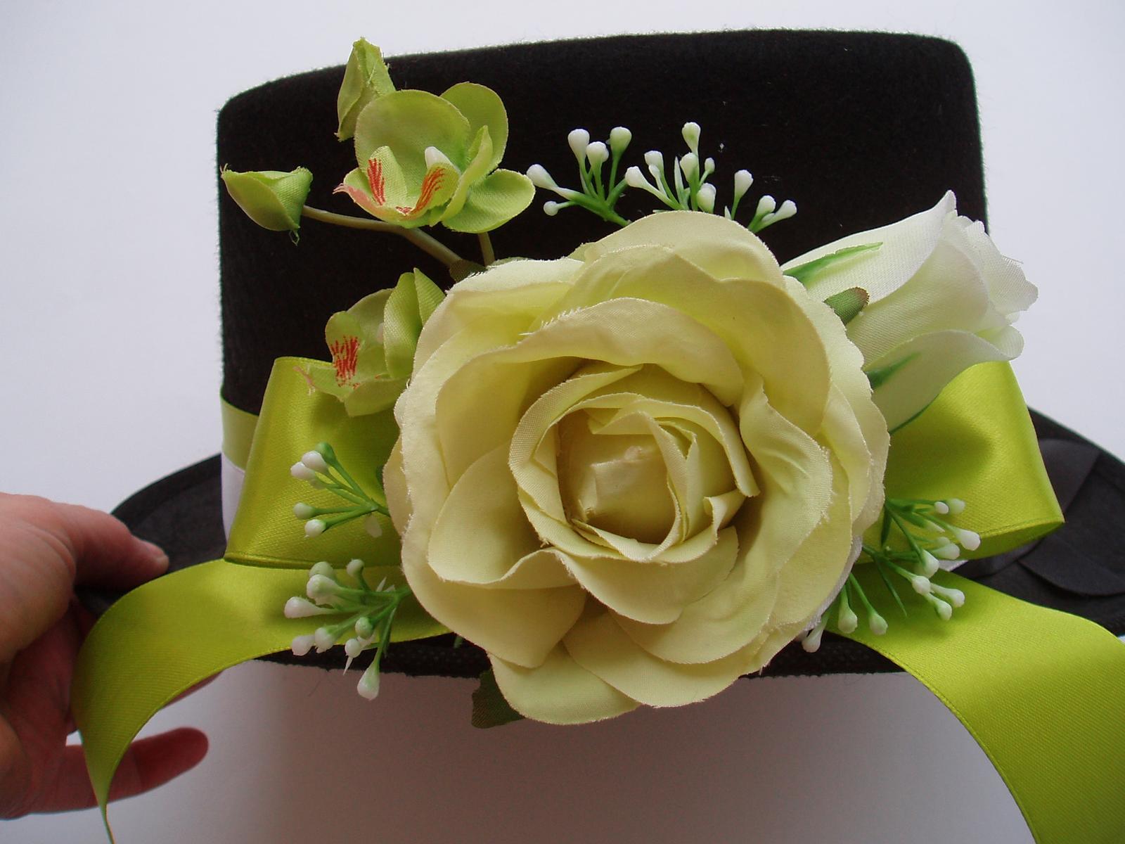 Svatební dekorace - cylindr-zelená