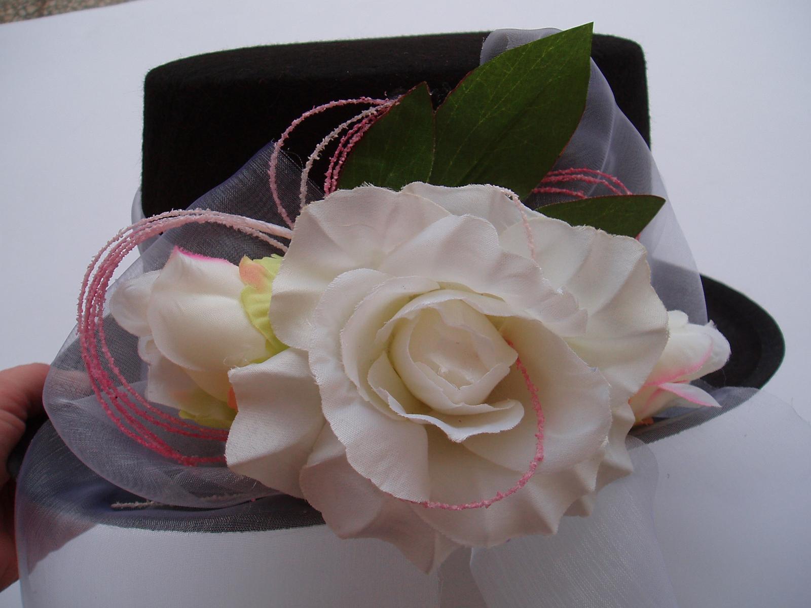 Svatební dekorace - cylindr-růžová