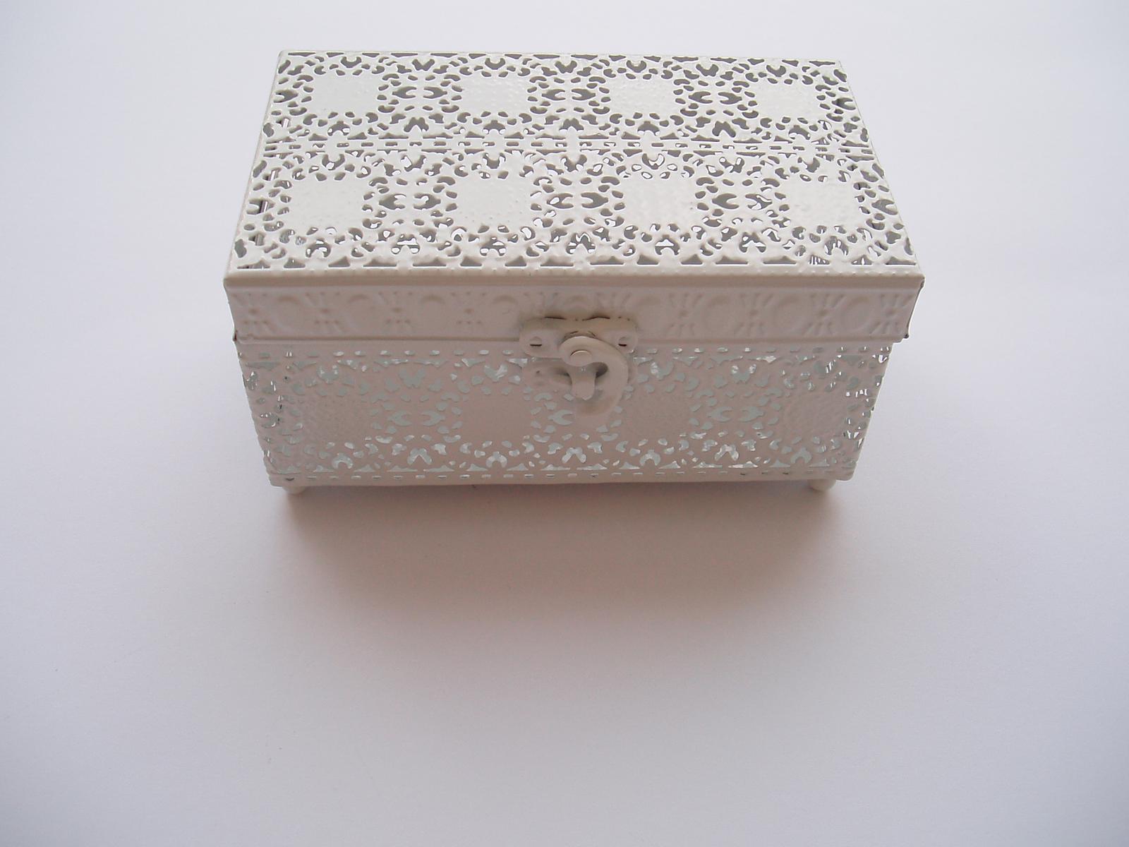 Svatební dekorace - kovová krabička na prstýnky