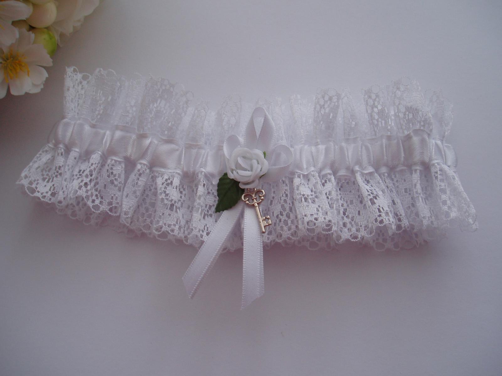 Svatební dekorace - podvazek