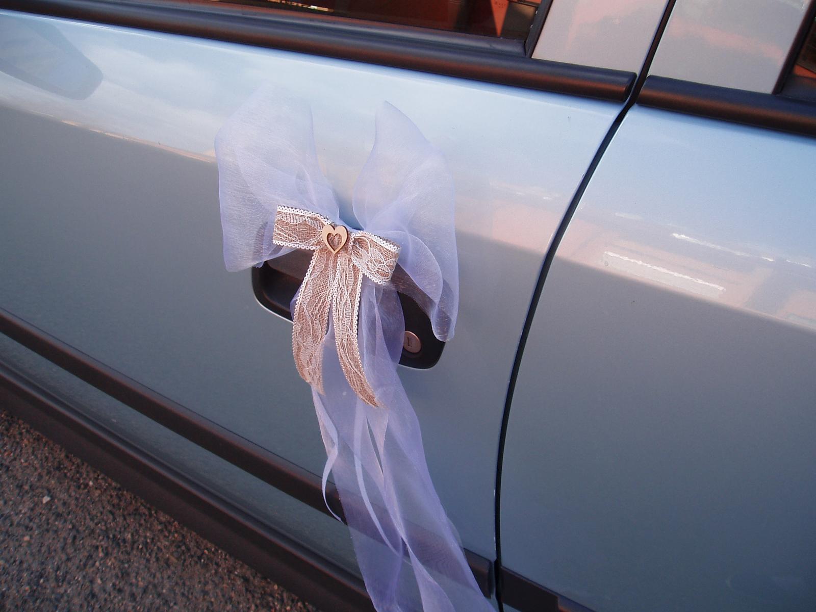 Svatební dekorace - mašle na auto