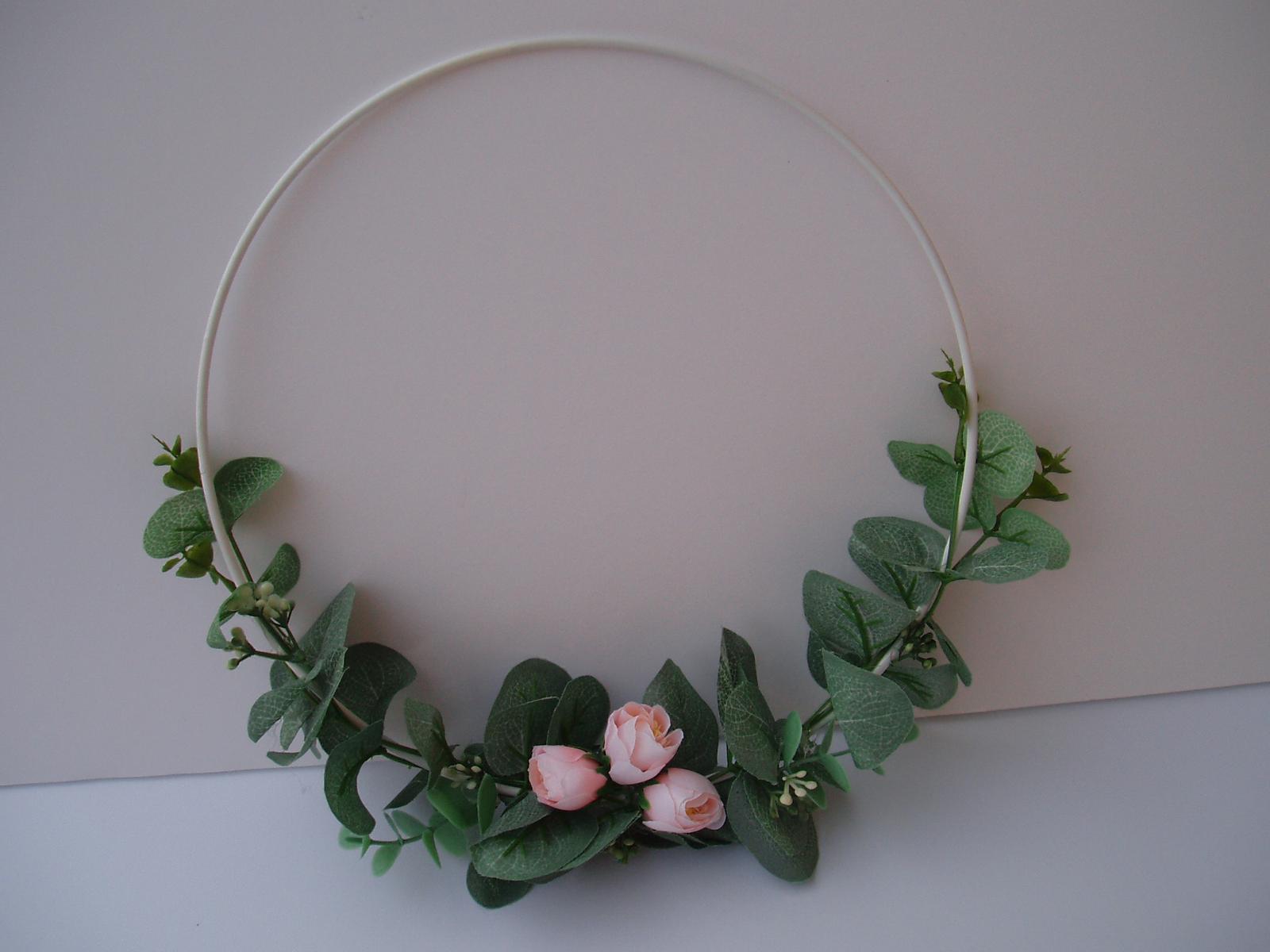 Svatební dekorace - Květinový kruh