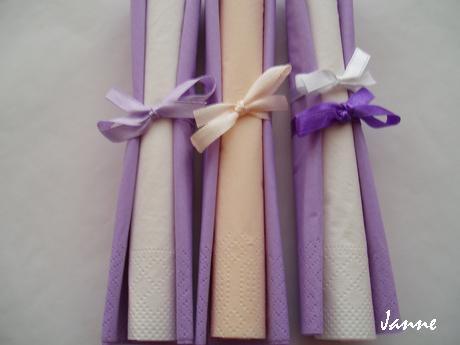 ubrousky lila-bílé - Obrázek č. 1