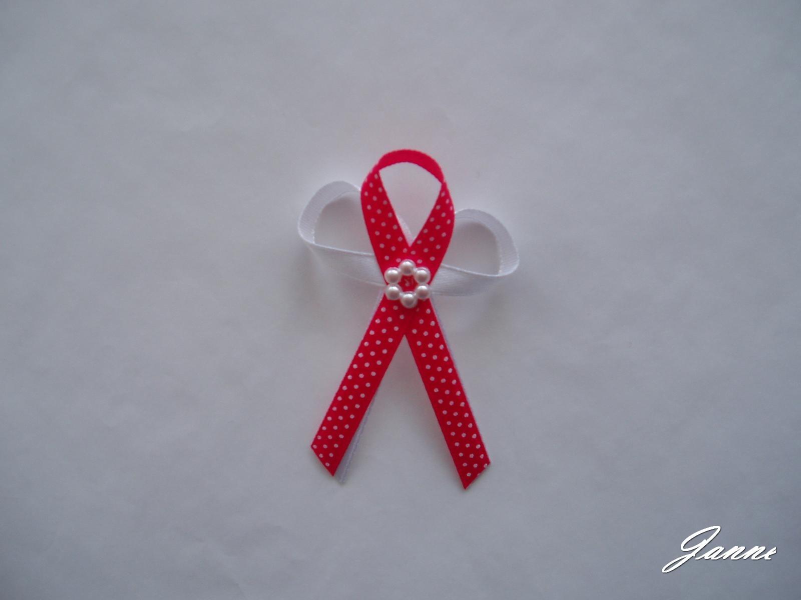 vývazek-červený puntík - Obrázek č. 1
