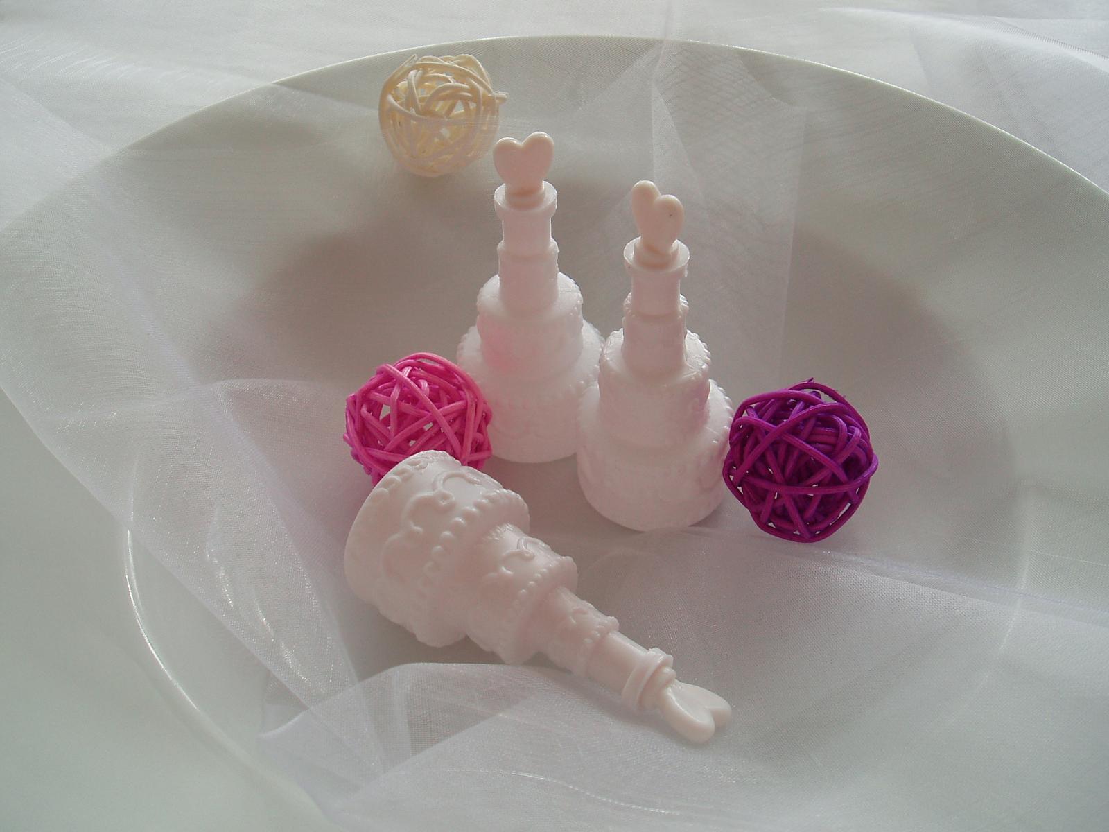 svatební bublifuk-dort - Obrázek č. 1