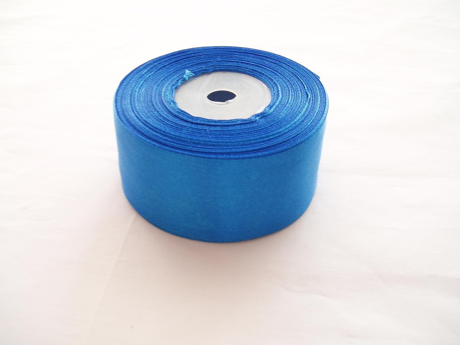 saténová stuha modrá-4cm - Obrázek č. 1