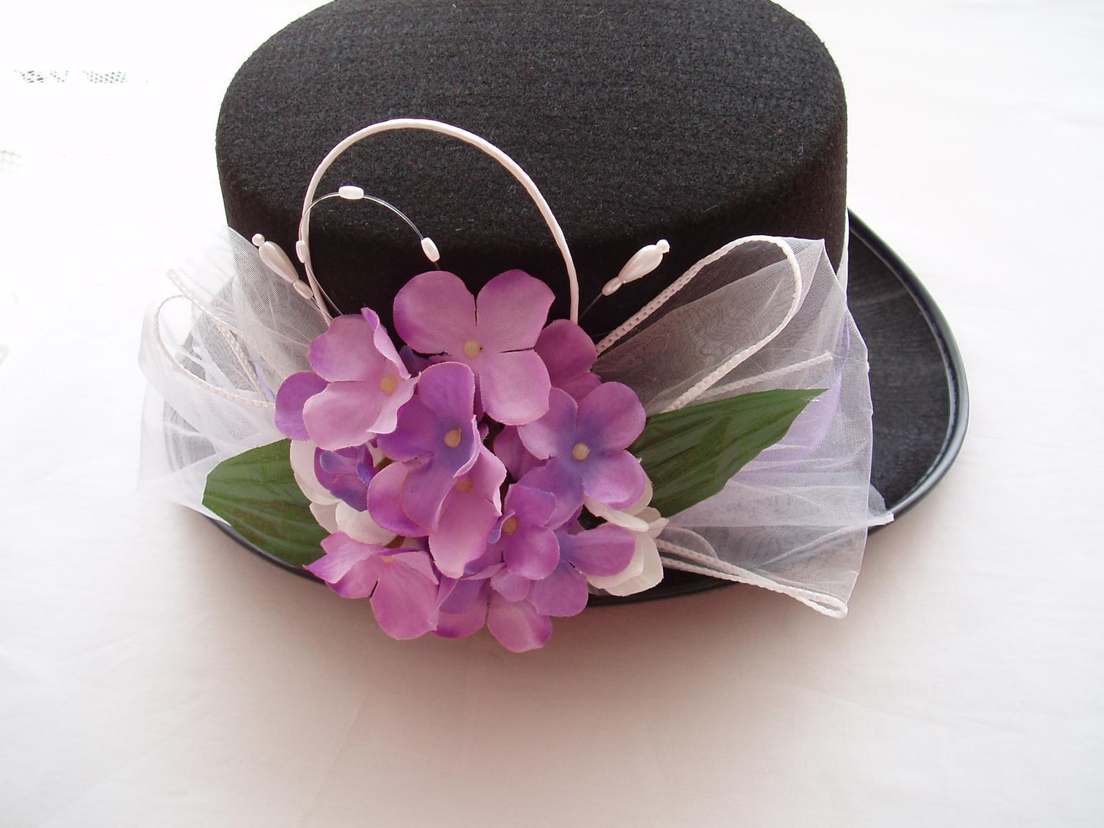 cylindr-fialové hortenzie - Obrázek č. 1