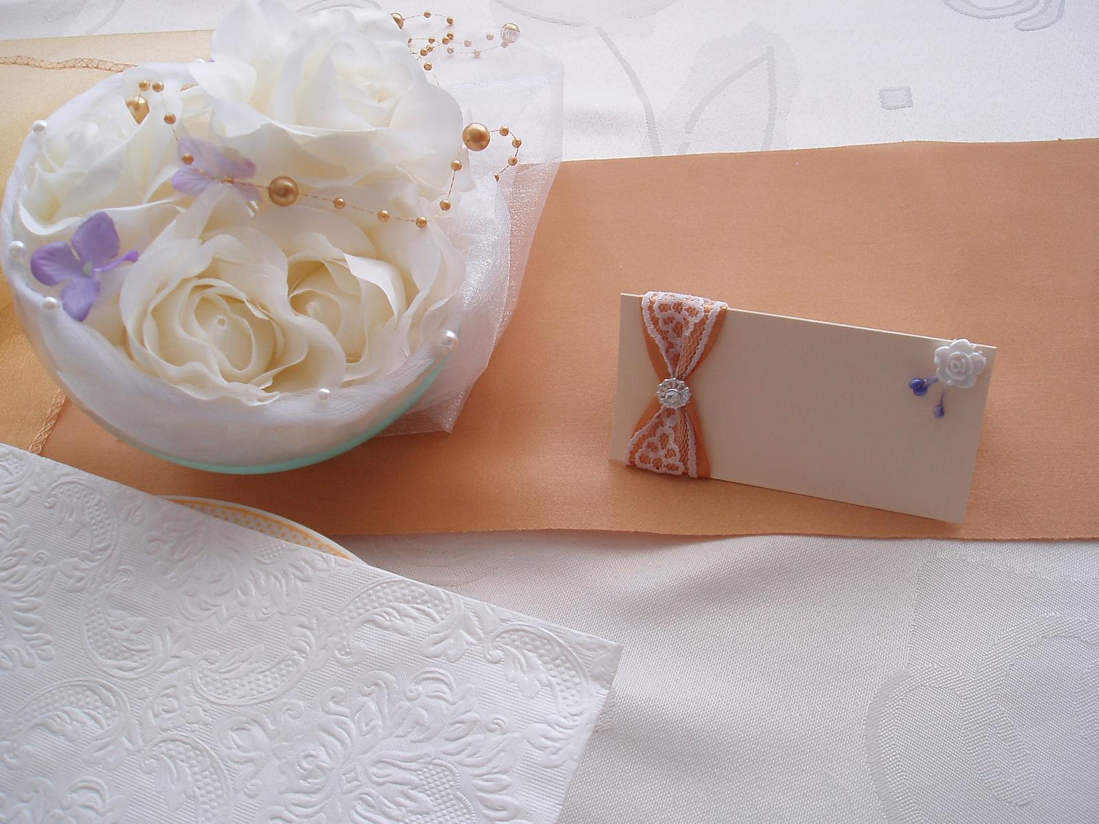 jmenovka zlatá s lila 3 - Obrázek č. 1