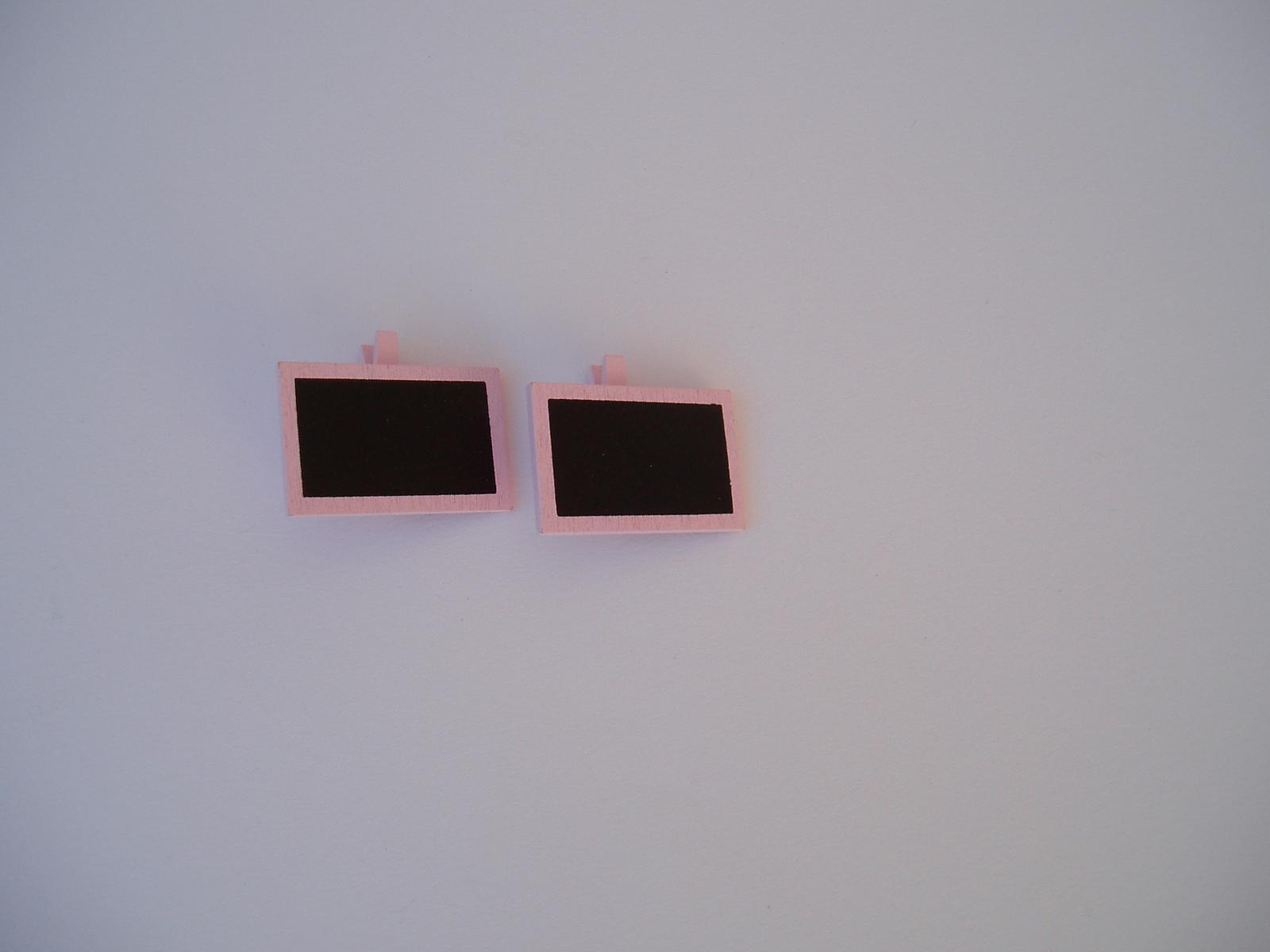 kolíček s tabulkou-růžový - Obrázek č. 1