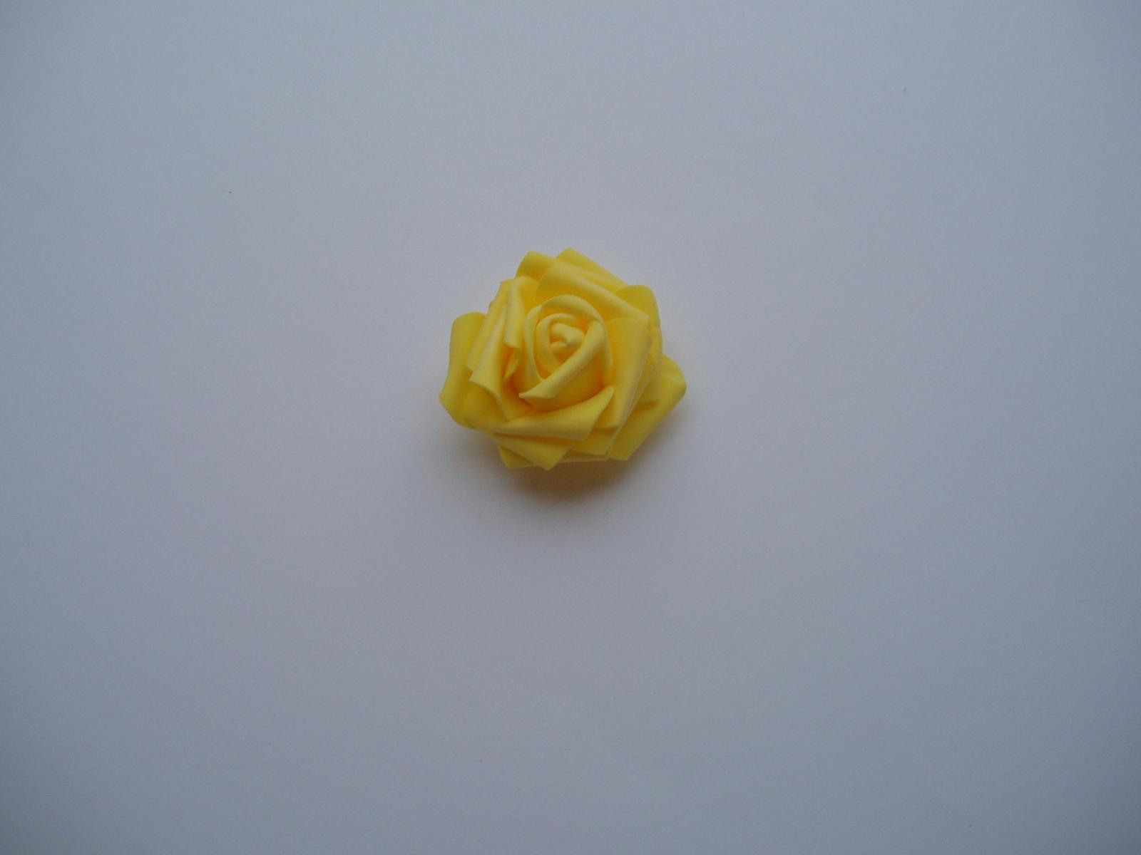 pěnová růže-žlutá - Obrázek č. 3