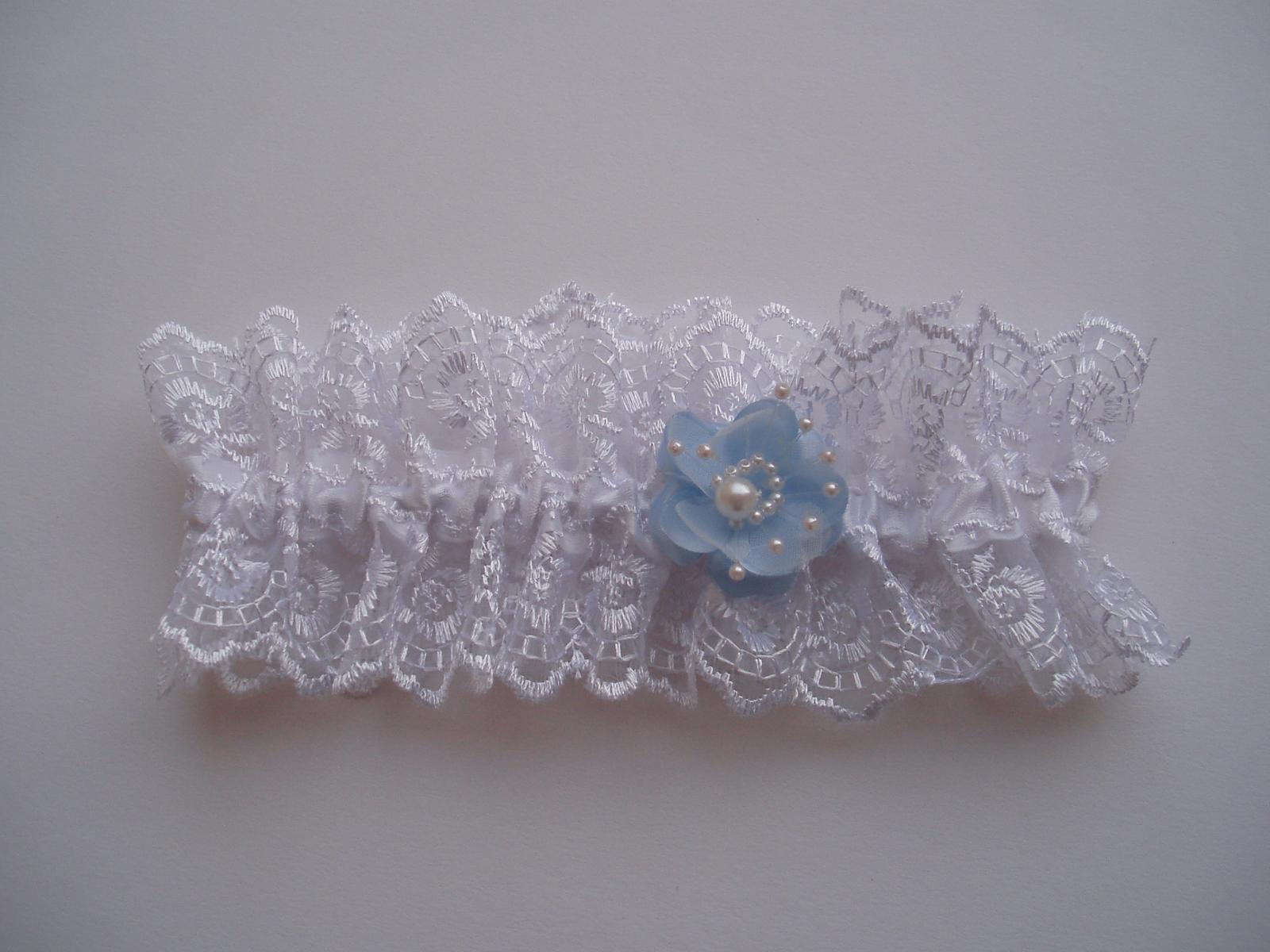 podvazek bílý-modrý květ - Obrázek č. 2