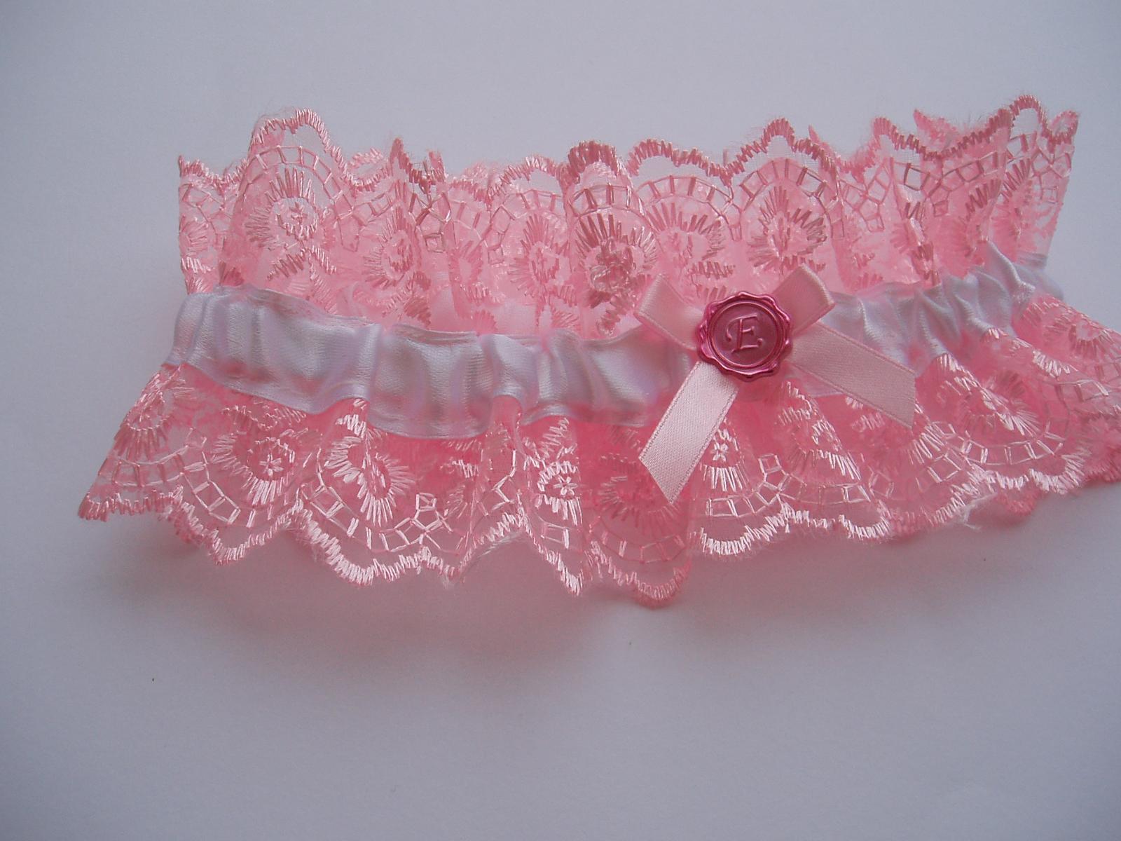 růžový podvazek - Obrázek č. 1
