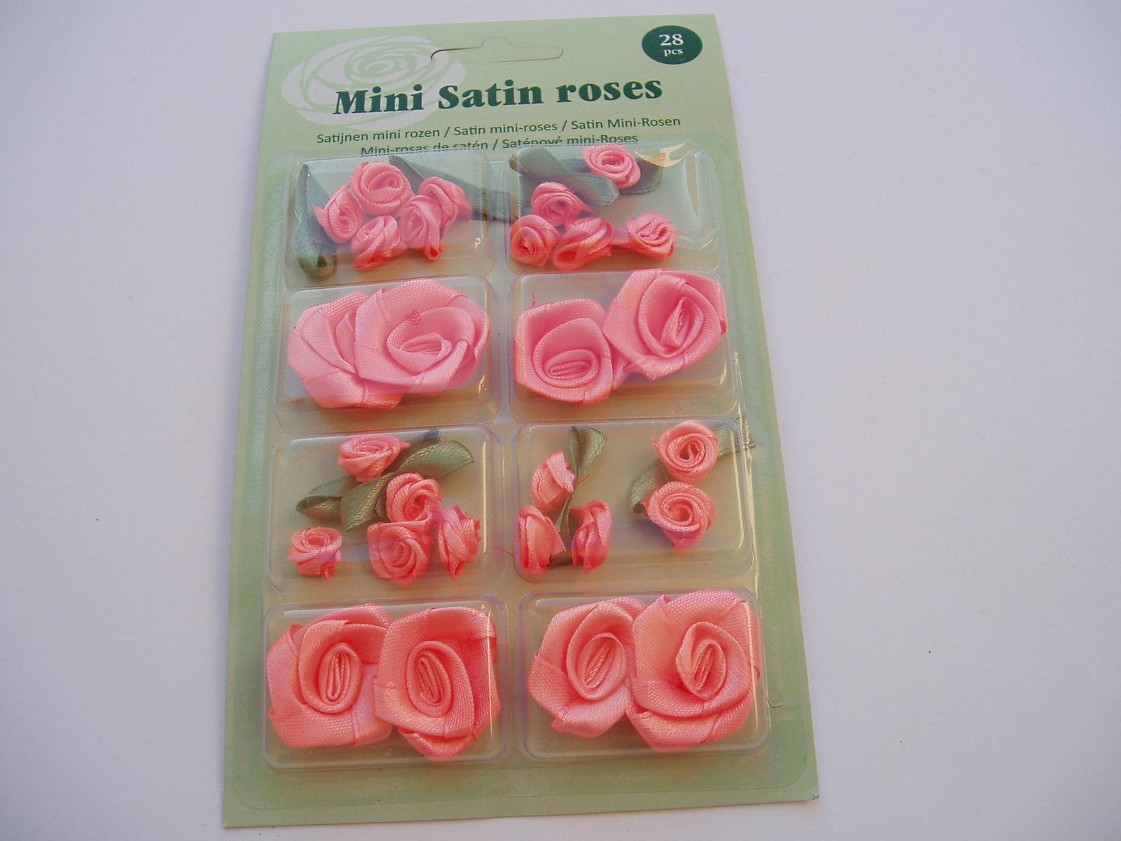 sada saténových růží-lososové - Obrázek č. 1