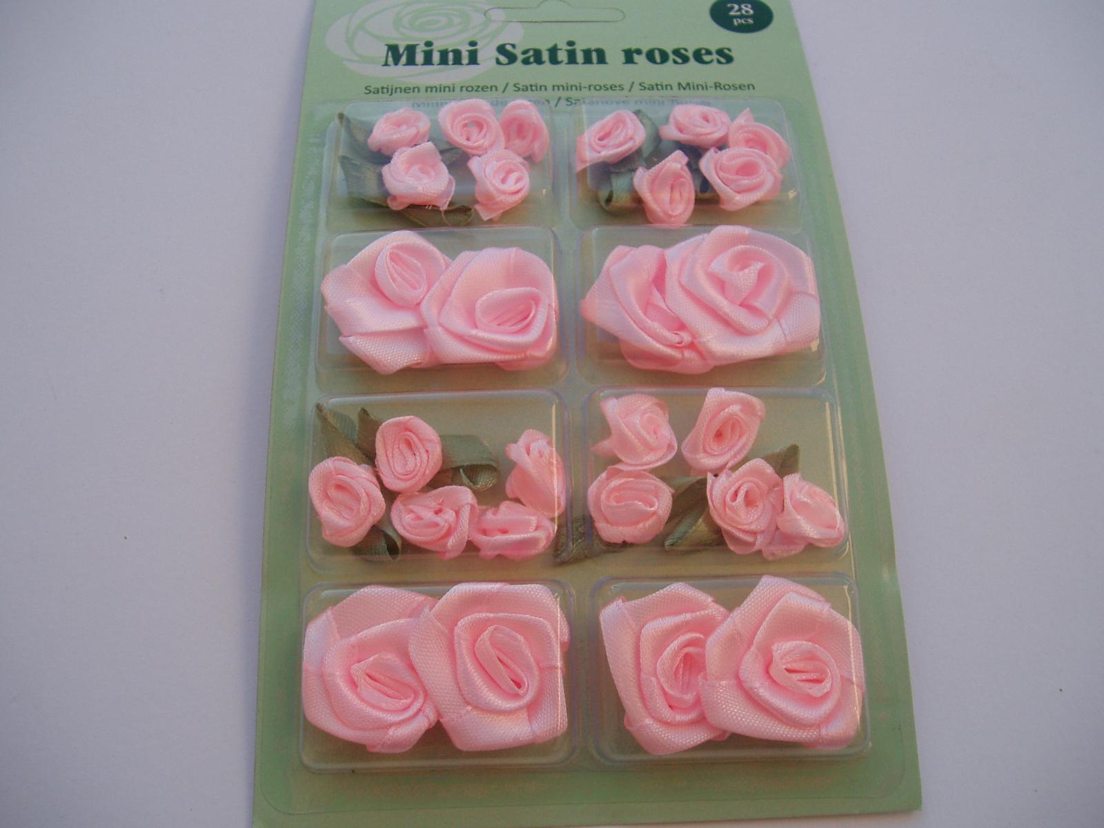 sada saténových růží-světle růžové - Obrázek č. 1