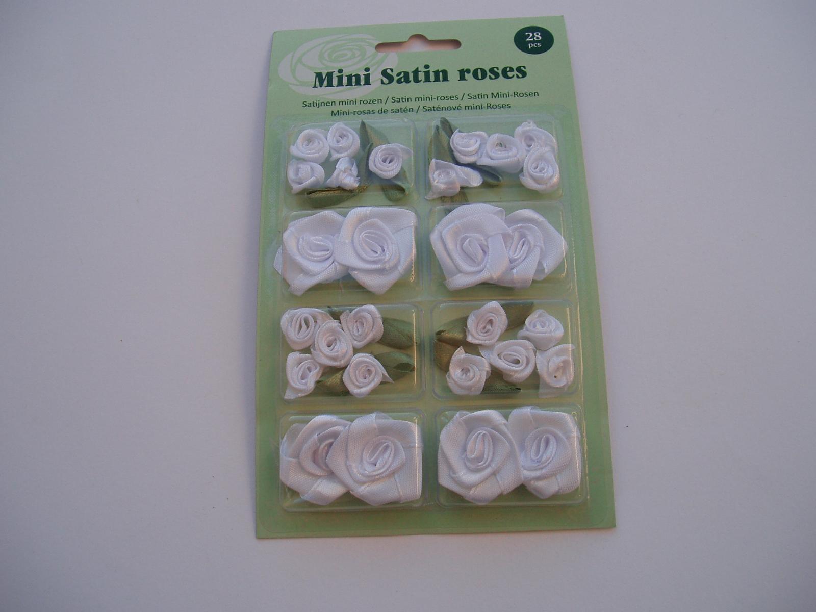 sada saténových růží-bílé - Obrázek č. 1