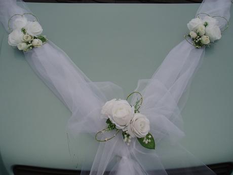 bílá šerpa s mašlí - Obrázek č. 1