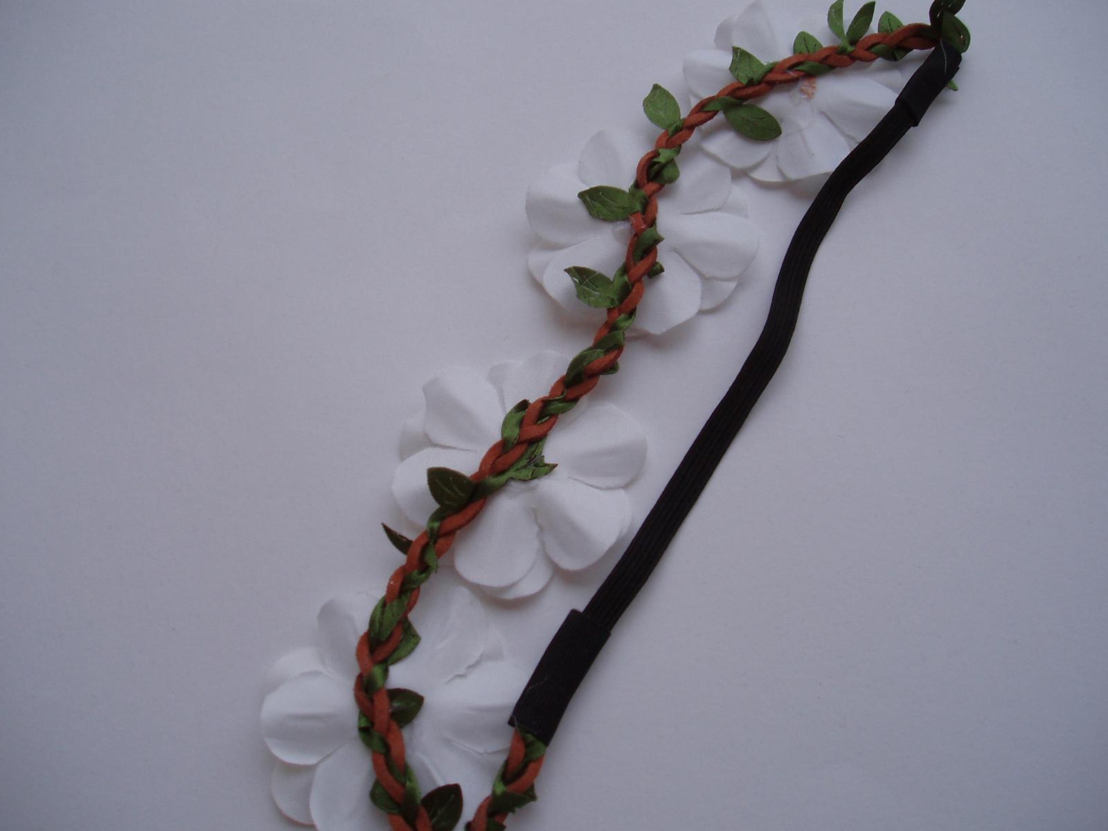 čelenka do vlasů-bílá - Obrázek č. 3